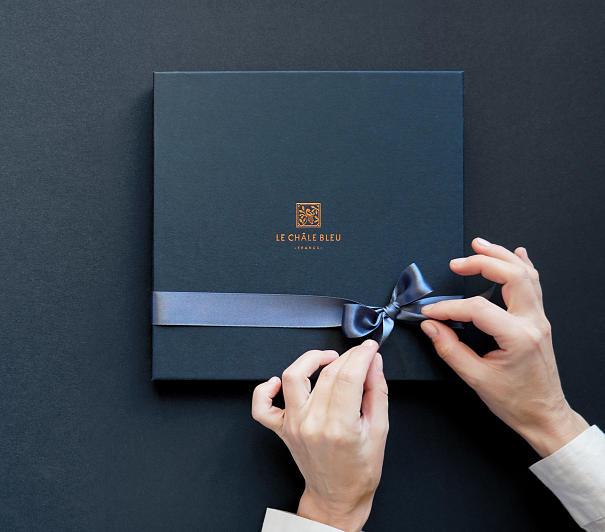 le-chale-bleu-big-box-packaging