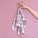 lechalebleu-silk-twill-bandana-panthere-pink-on-hand
