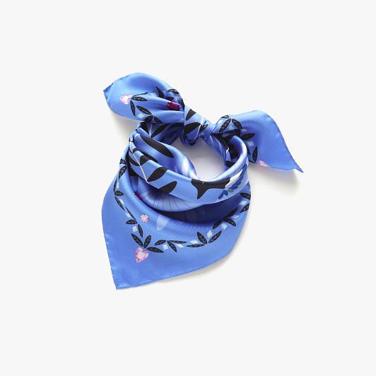 lechalebleu-silk-twill-bandana-treasure-hunters-blue-folded