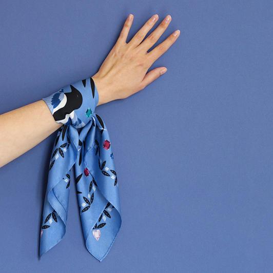 lechalebleu-silk-twill-bandana-treasure-hunters-blue-on-hand
