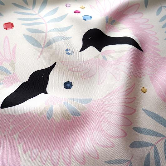 lechalebleu-silk-twill-bandana-treasure-hunters-off-white-closeup