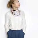 lechalebleu-silk-twill-bandana-treasure-hunters-off-white-model