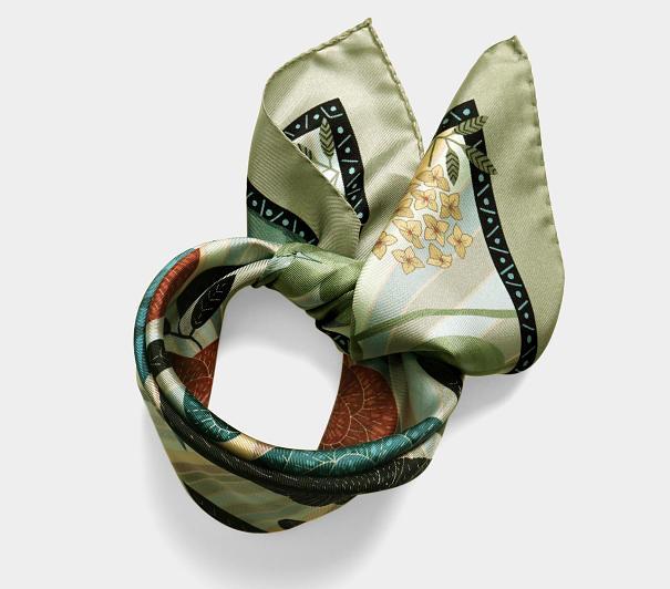 lechalebleu-silk-twill-bandana-dreamer-green-rolled