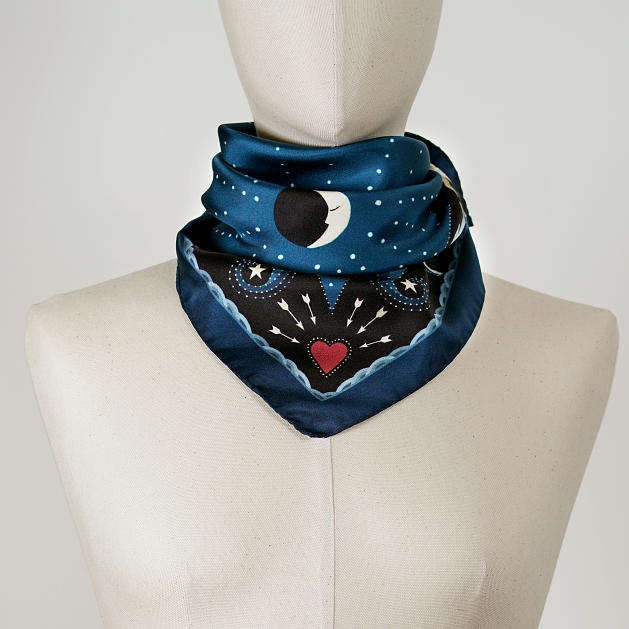 LE-CHALE-BLEU-silk-twill-bandana-beautiful-as-the-moon-blue-reedit-2