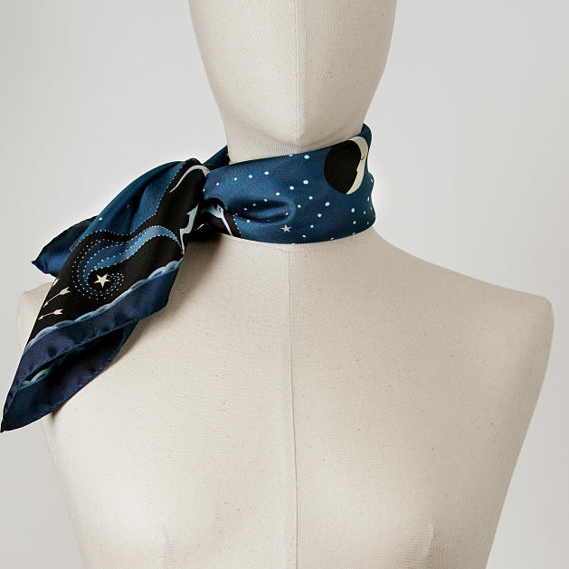 LE-CHALE-BLEU-silk-twill-bandana-beautiful-as-the-moon-blue-reedit-3