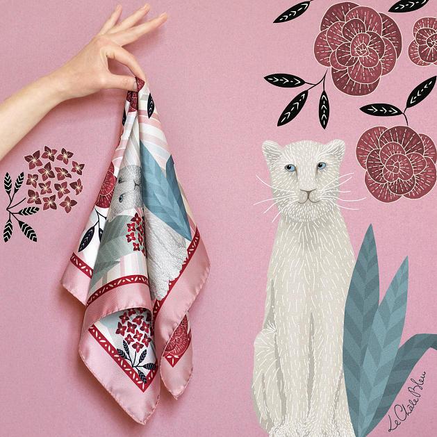 LE-CHALE-BLEU-silk-twill-bandana-panther-wavy-pink-6