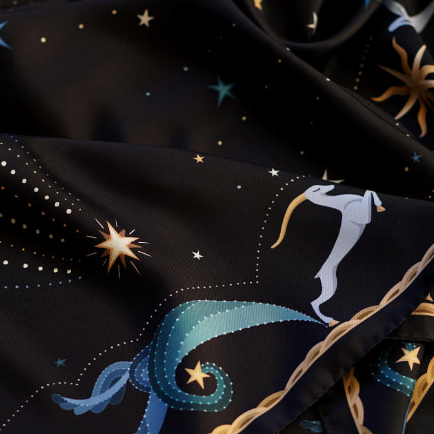 le-chale-bleu-silk-twill-scarf-moon-black-3
