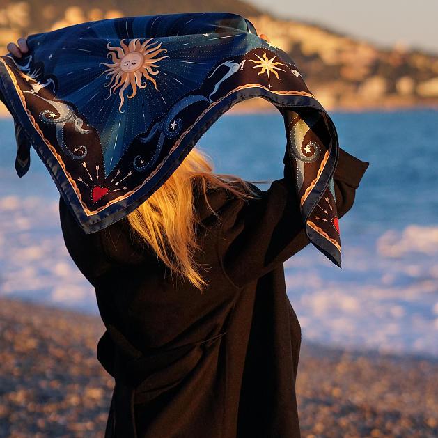 le-chale-bleu-silk-twill-scarf-moon-wavy-blue-8