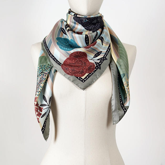 le-chale-bleu-silk-twill-scarf-panther-green-2