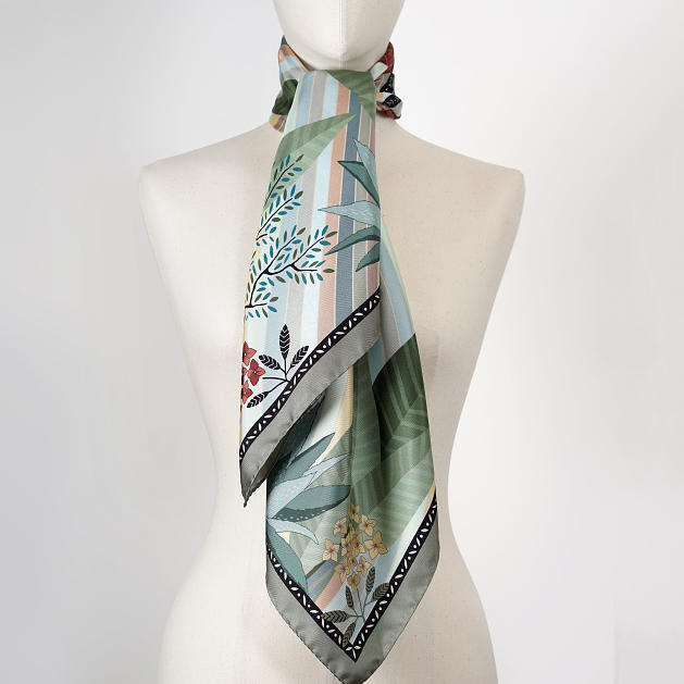 le-chale-bleu-silk-twill-scarf-panther-green-3