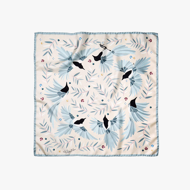 LE-CHALE-BLEU-silk-twill-bandana-magpies-dance-ivory-1