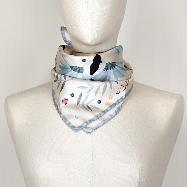 LE-CHALE-BLEU-silk-twill-bandana-magpies-dance-ivory-3