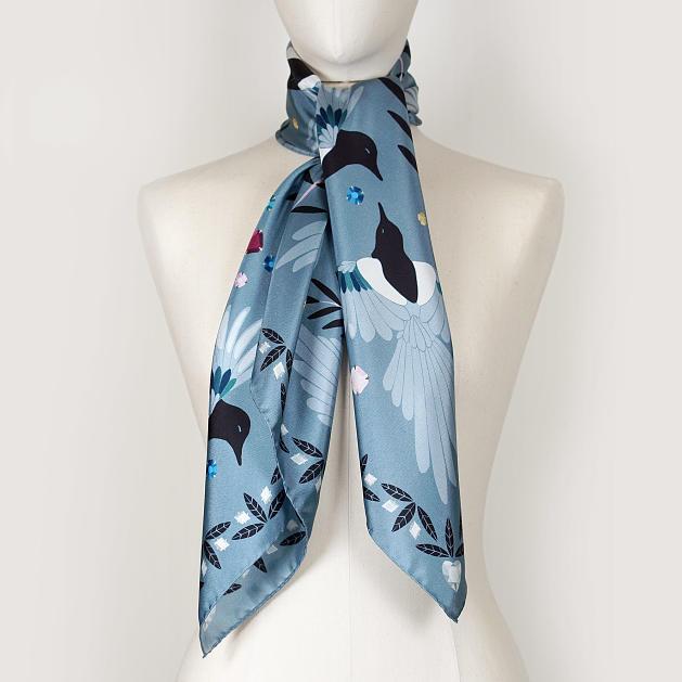 le-chale-bleu-silk-twill-scarf-magpies-paris-gray-2